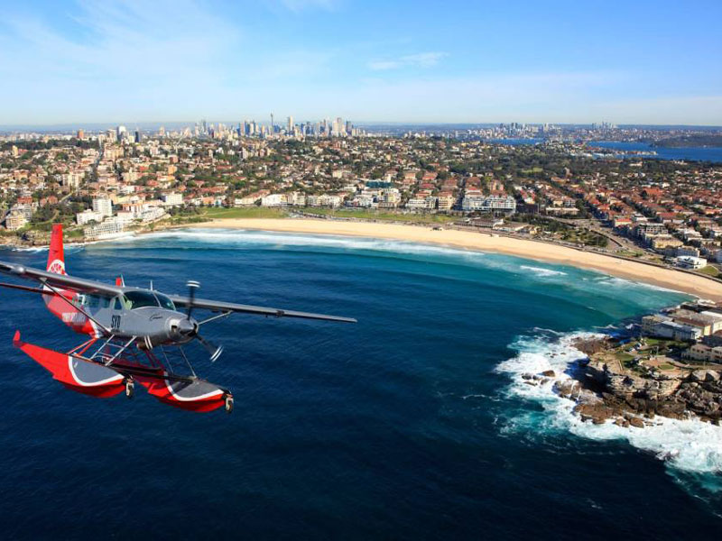 Sydney - Seaplane to Cottage Point flying over Bondi Beach
