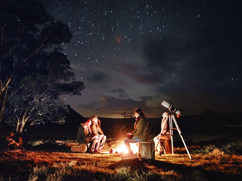 Emirates One&Only - Campfire Stargazing