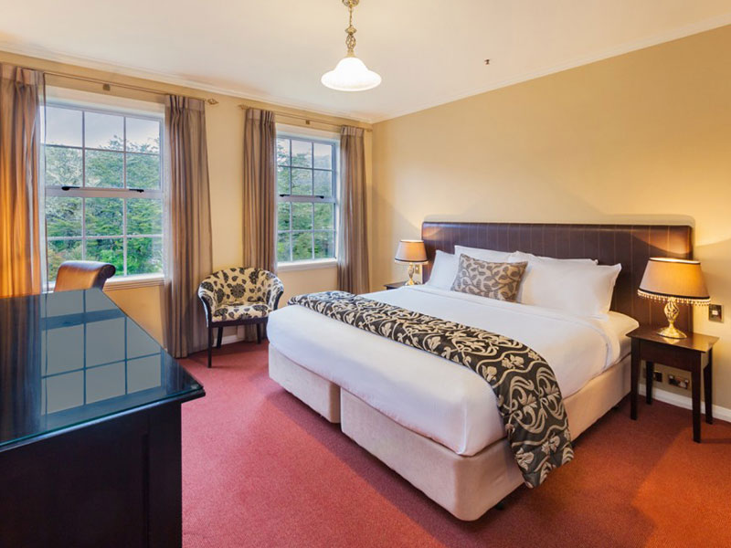 Chateau Tongariro Hotel - Superior Room