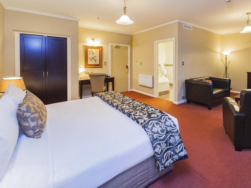 Chateau Tongariro Hotel - Executive Spa Suite