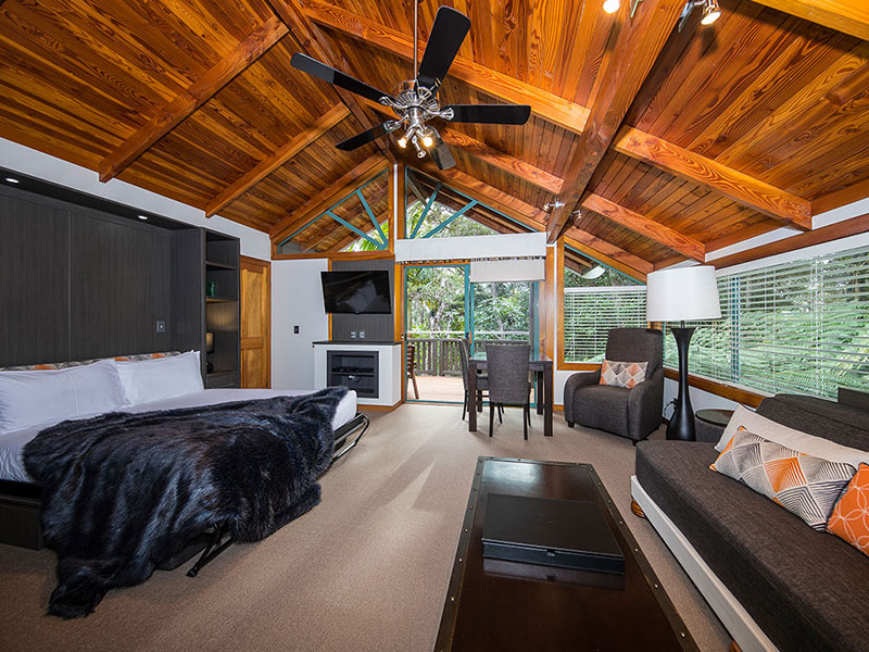 Grand Mercure Puka Park Resort - Kauri Chalet