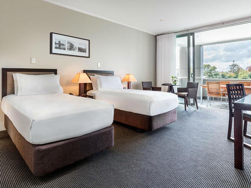 Hilton Lake Taupo - Guest Room
