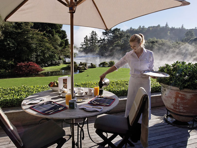 Huka Lodge - Outdoor Dining