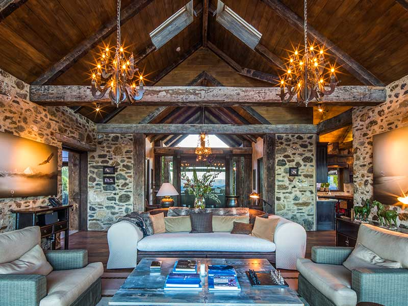 Mahu Whenua - Living Room