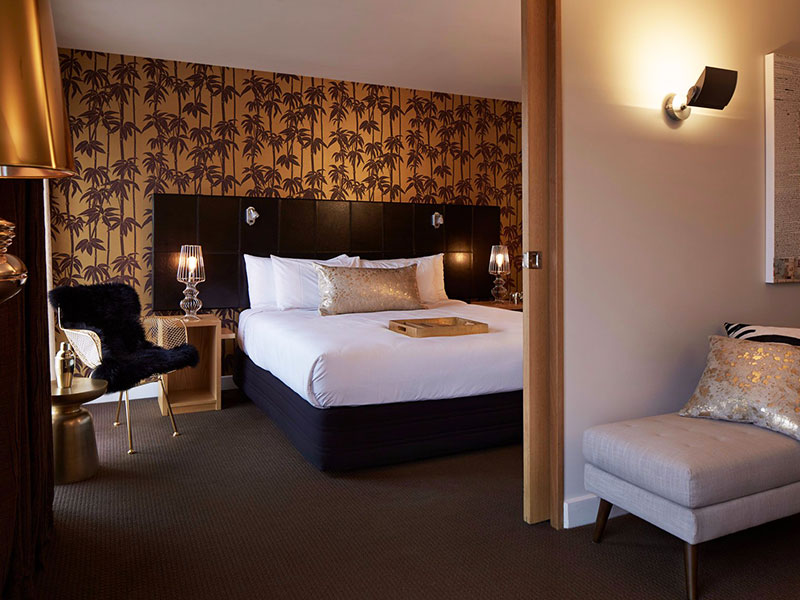 QT Wellington - Executive Two Bedroom Suite