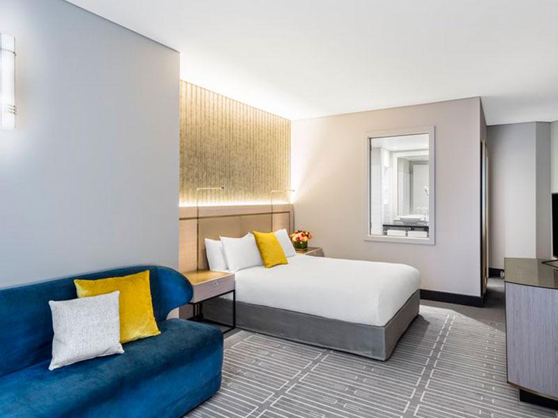 Radisson Blu Hotel Sydney - Standard Atrium Room