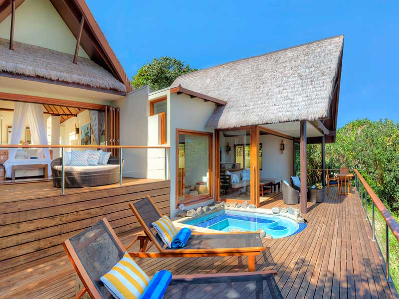 Royal Davui Island Resort - Sunset Pool Suites