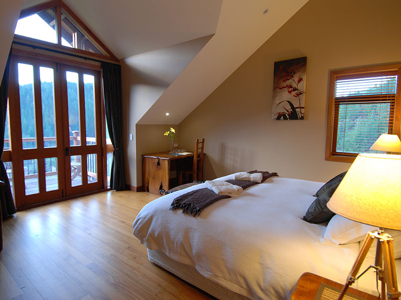 Stonefly Lodge - Lodge Room