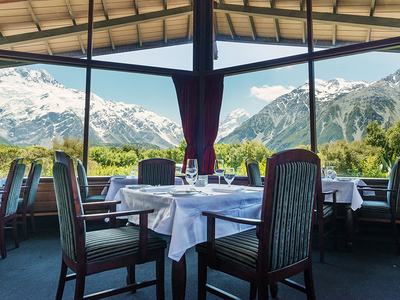 The Hermitage Hotel Mount Cook - Dining