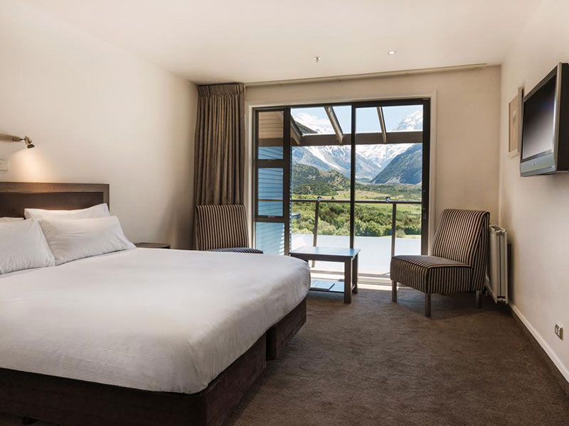 The Hermitage Hotel Mount Cook - Standard Room Mount Cook View