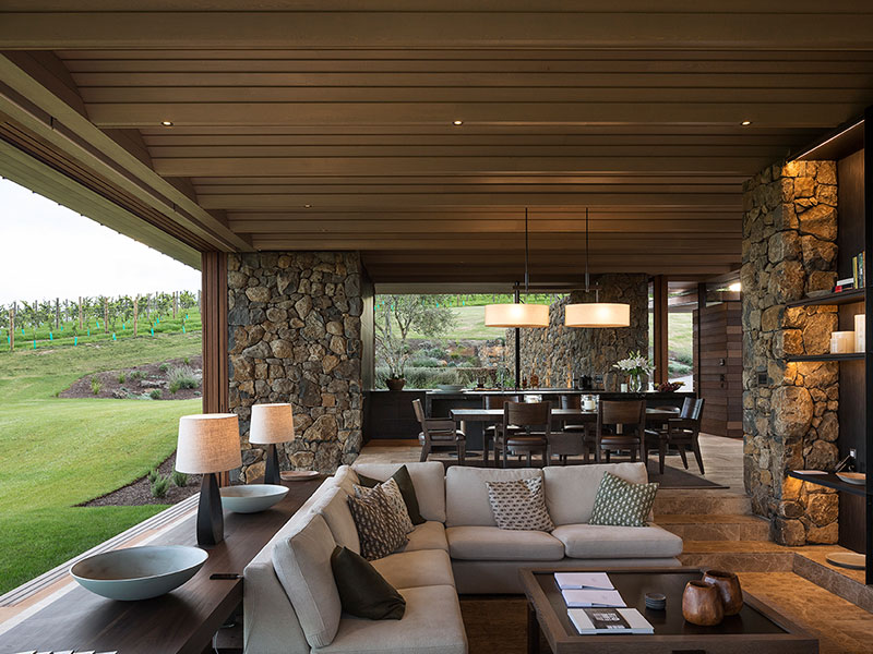 The Landing - Vineyard Villa