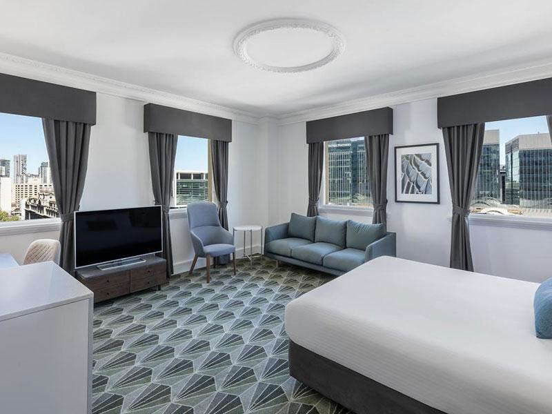 The Savoy Hotel on Little Collins - Savoy Room